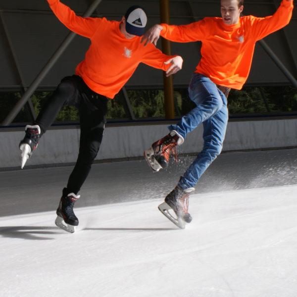 Freestyle Ice Skaters Eindhoven demonstratie en clinic op het Oirschot Winterparadijs